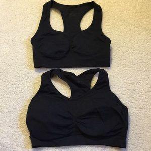 Black sports bra bundle size Small